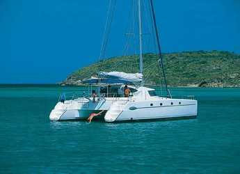 Rent a catamaran in Marina Cienfuegos - Belize 43