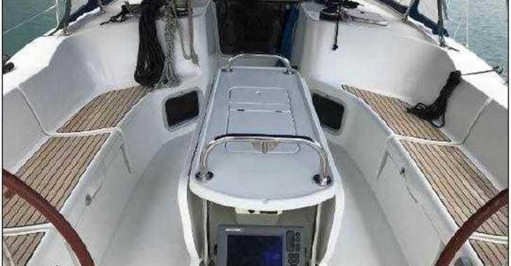 Rent a sailboat in Marina Baotić - Jeanneau SO 44i