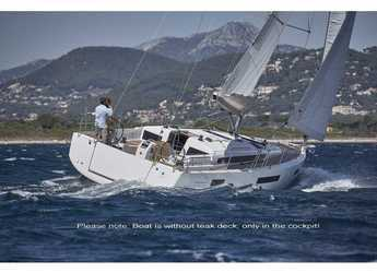 Rent a sailboat in Veruda - Sun Odyssey 440 / 4 cabins