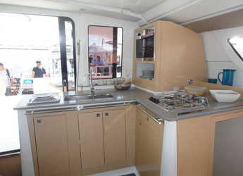 Rent a catamaran in Veruda - Lipari 41 (4 dbl, 2sgl)