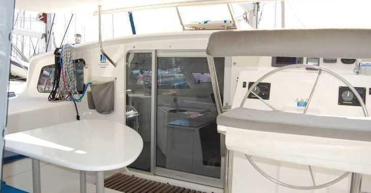 Alquilar catamarán Voyage 440 en Puerto Deportivo Radazul, Tenerife