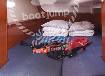 Rent a sailboat Oceanis 40 in Marina del Sur. Puerto de Las Galletas, Las Galletas
