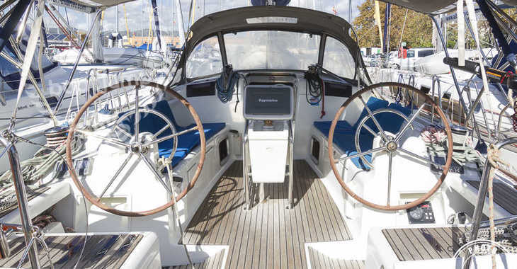 Rent a sailboat Sun Odyssey 409 in Marina del Sur. Puerto de Las Galletas, Las Galletas