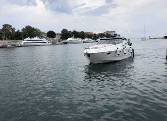 Chartern Sie motorboot in Marina Zadar - Elan Power 30