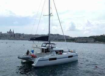 Rent a catamaran in Eden Island Marina - Lagoon 40