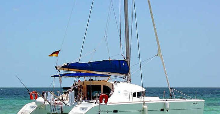 Rent a catamaran in Marina Cienfuegos - Lagoon 410