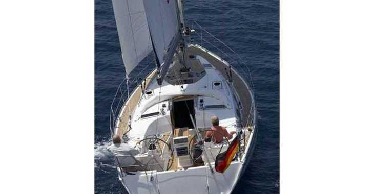 Rent a sailboat in Lefkas Nidri - Bavaria 40 Cruiser