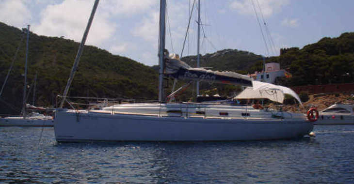 Rent a sailboat in Vigo  - RO 400