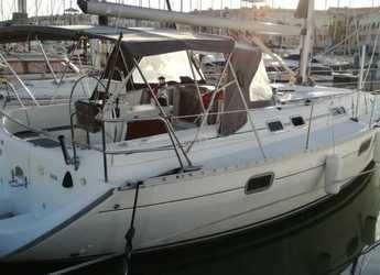 Rent a sailboat in Club Naútico de Sant Antoni de Pormany - Beneteau Oceanis 351