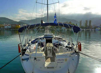 Rent a sailboat in Kavala - Bavaria 44