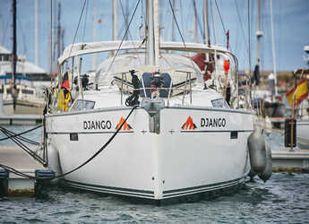 Rent a sailboat in Marina del Sur. Puerto de Las Galletas - Bavaria Cruiser 46