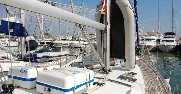 Rent a sailboat Oceanis 473 in Puerto Deportivo Radazul, Tenerife