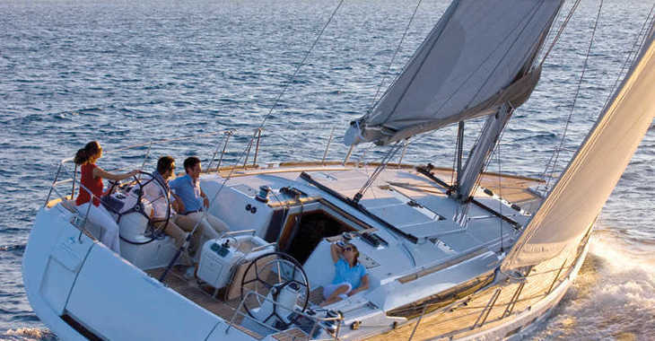 Rent a sailboat in Marina Lanzarote - Sun Odyssey 479