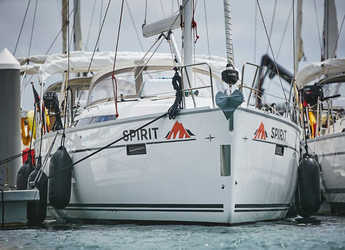 Rent a sailboat in Marina Lanzarote - Bavaria Cruiser 41