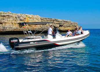 Rent a motorboat in Port Mahon - BSC 75 Sport