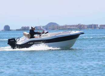 Rent a motorboat in Port Mahon - Mareti 450