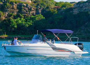 Rent a motorboat in Port Mahon - Beneteau Flyer 7.7 Spacedeck