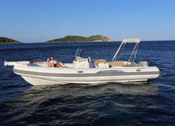 Rent a motorboat in Port Mahon - Tempest 775