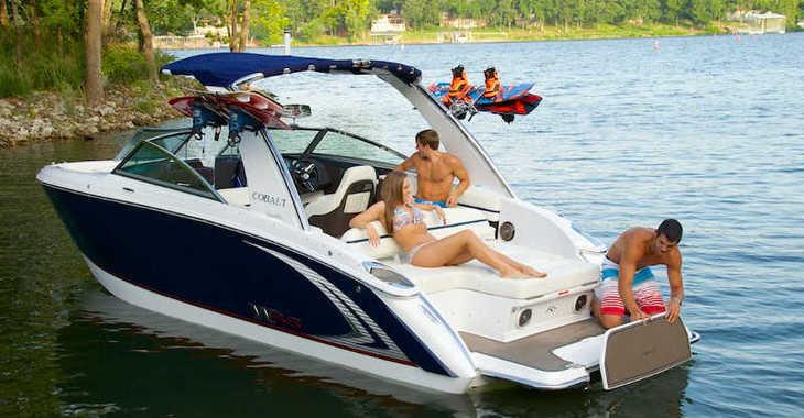 Rent a motorboat in Port Mahon - Cobalt R3