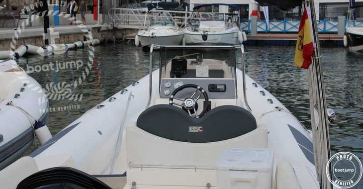 Rent a motorboat in Port Mahon - BSC 75 Classic