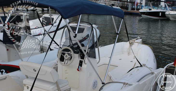 Rent a motorboat in Port Mahon - Tempest 600
