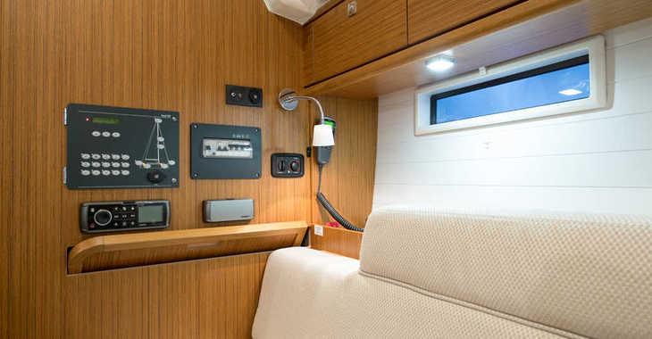Alquilar velero Bavaria Cruiser 37 en Cala Nova, Palma de mallorca