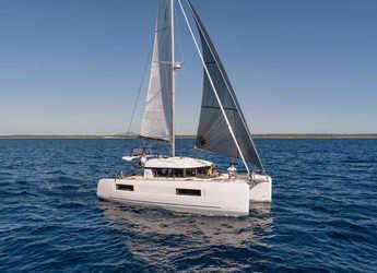 Rent a catamaran in Palm Cay Marina - LAGOON 40 O.V.