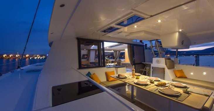 Louer catamaran à Harbour View Marina - Helia 44