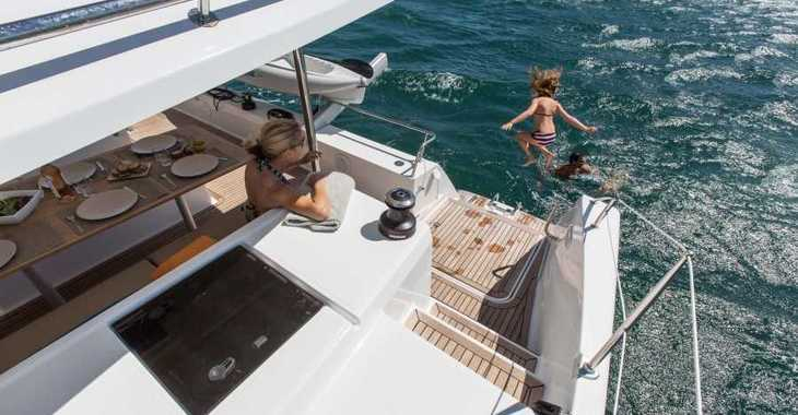 Rent a catamaran in Harbour View Marina - Helia 44