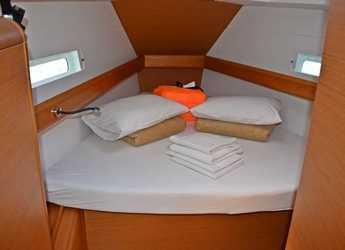 Rent a sailboat in Club Marina - Sun Odyssey 419