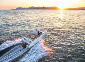 Rent a motorboat in Mahon - Jeanneau Cap Camarat 650DC