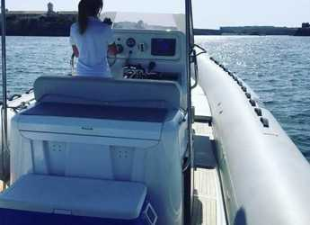 Rent a dinghy in Port Mahon - Sacs 33