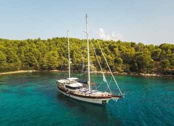 Rent a schooner in Split - Huzur Yacht 27