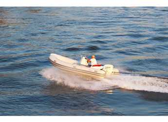 Rent a motorboat in SCT Marina Trogir - Joymarc 490