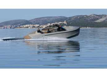 Rent a motorboat in SCT Marina Trogir - Supreme 27 p