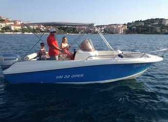 Rent a motorboat in SCT Marina Trogir - HM 22 Fly