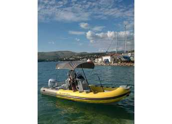 Rent a motorboat in SCT Marina Trogir - Bura 560