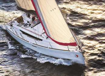 Rent a sailboat in Naviera Balear - Sun Odyssey 38-Day charter