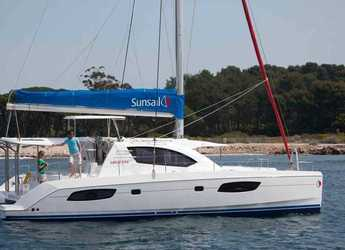 Rent a catamaran in Palma de mallorca - Leopard 444-Day charter