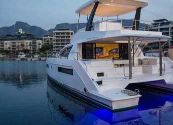 Rent a catamaran in Palma de mallorca - Leopard 434-Day charter