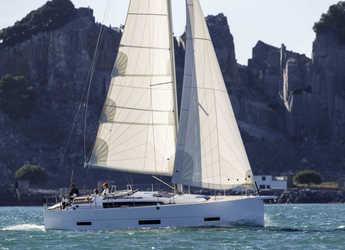 Rent a sailboat in Marina Baotić - Dufour 390 Grand Large