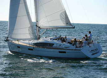 Chartern Sie segelboot in Port Lavrion - Sun Odyssey 42DS