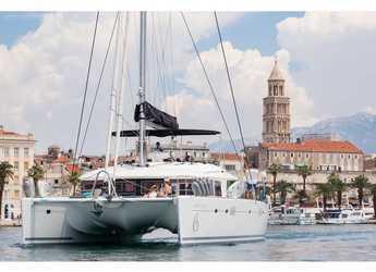 Rent a catamaran in Marina Kastela - Lagoon 560