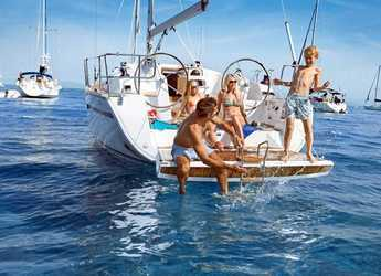 Rent a sailboat in Volos - Bavaria Cruiser 41 - 3 cab.