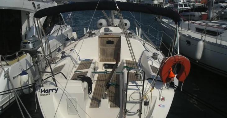 Rent a sailboat in Marina Kornati - Elan 31
