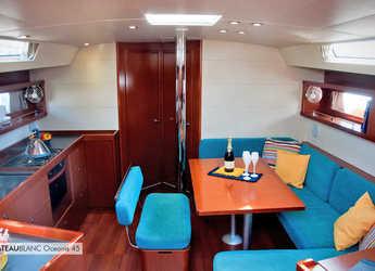 Rent a sailboat in La Maddalena (Cala Gavetta) - Oceanis 45