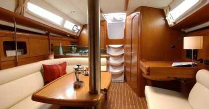 Alquilar velero Sun Odyssey 36i en Le port de la Trinité-sur-Mer, La Trinité sur Mer