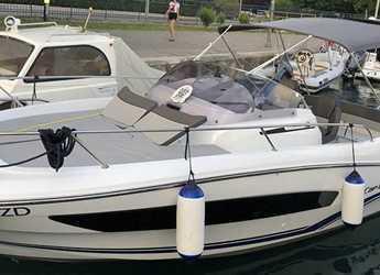 Rent a motorboat in Marina Zadar - Cap Camarat 7.5 WA SERIE 2