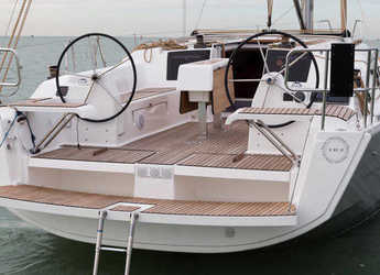 Rent a sailboat in Marina Gouvia - Dufour 382 Grand Large