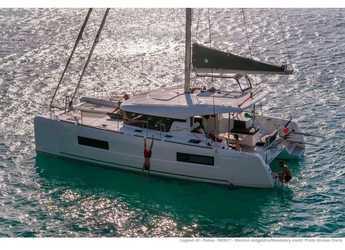 Rent a catamaran in Porto Capo d'Orlando Marina - Lagoon 40